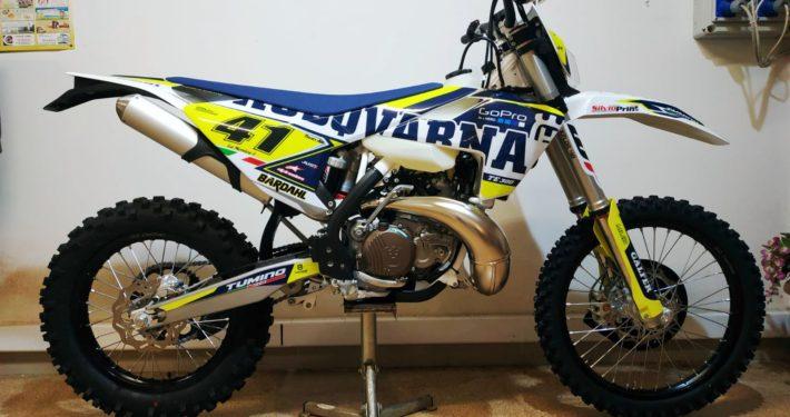 Grafiche MX | Adesivi Motocross | Enduro - HUSQVARNA DRIVE TABELLE GIALLE
